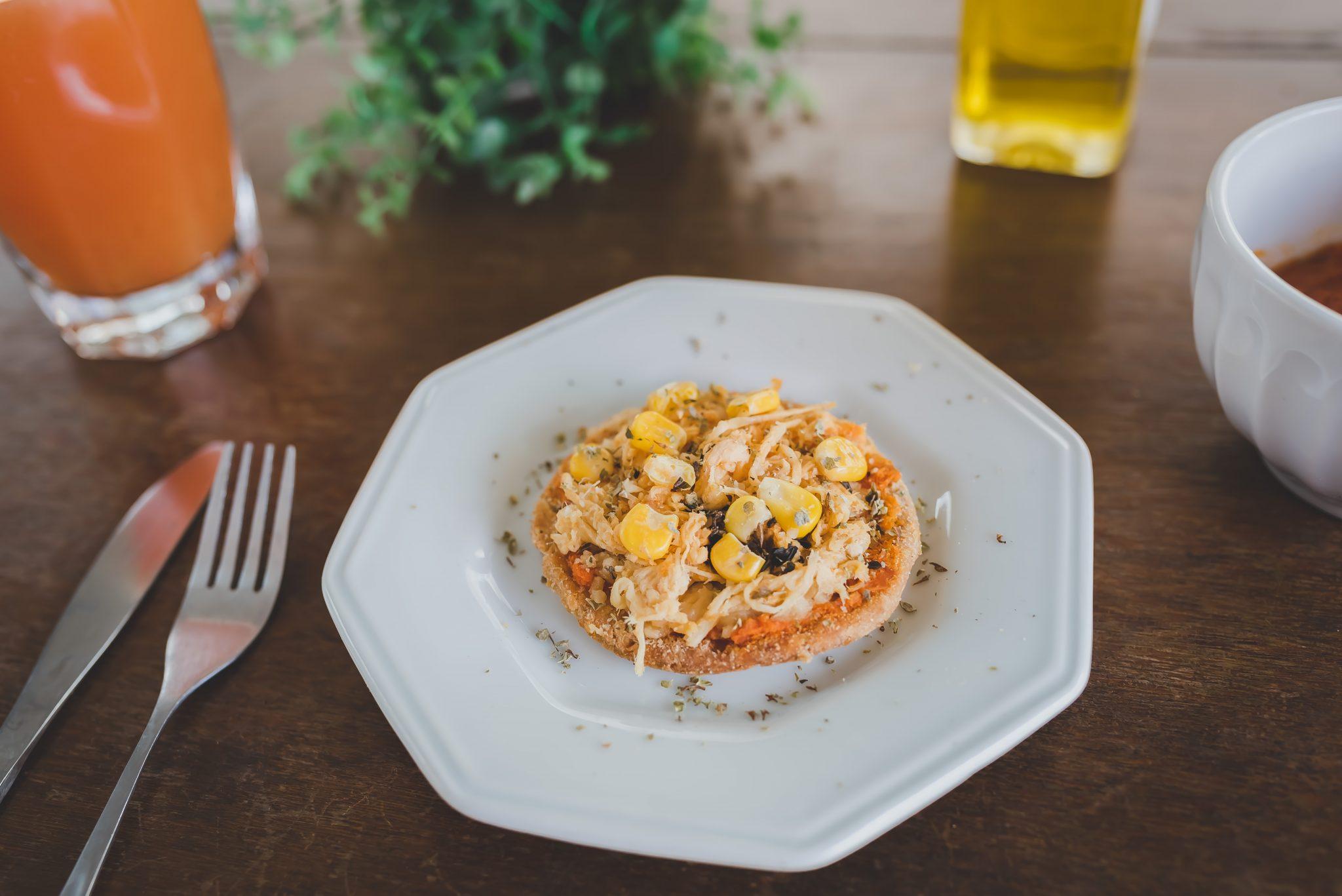 Mini pizza sem glúten, sem lactose, integral  com frango da Samma Funcional